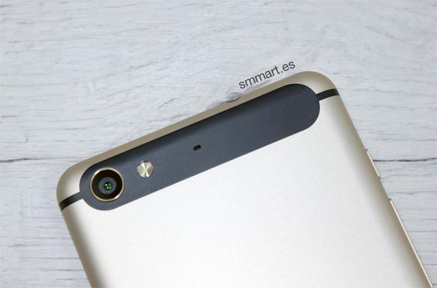 InFocus M560 cámara trasera 13 megapíxeles