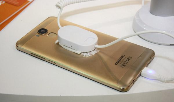 Oukitel U16 Max aluminio color oro