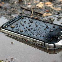 Smartphones Todoterreno resistentes con IP68